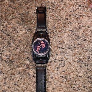 Accessories - twilight watch